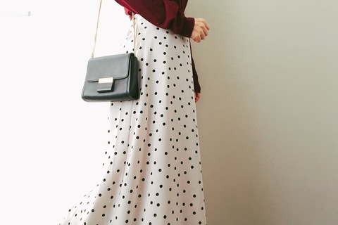 GUロングスカート&無印良品ニットで、U4000円の大人上品コーデ