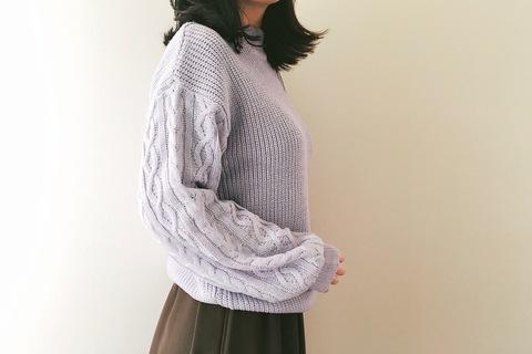 GU990円セーターは冬の即戦力アイテム。春も楽しめるパープルが買い!