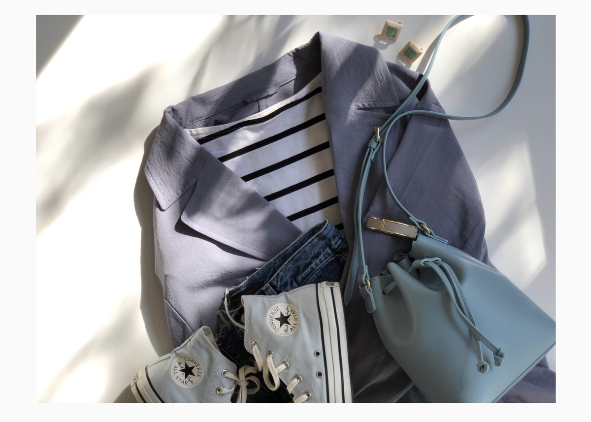 GU「ベルテッドロングコート」。羽織るだけで即華やかになれる春アウターが気分!