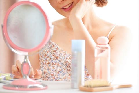敏感肌でも乾燥肌でもあきらめない。ノーメイクな自分を愛するためのスキンケア方法
