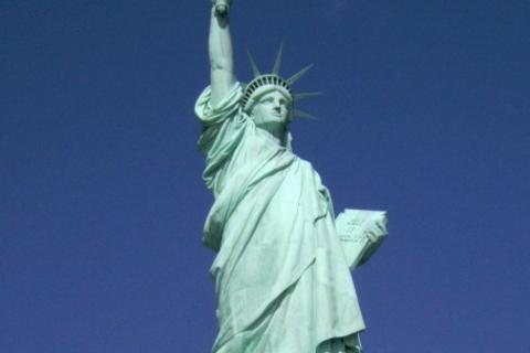 """アメリカ旅行へもっていった""""お供コスメ""""全部!"""