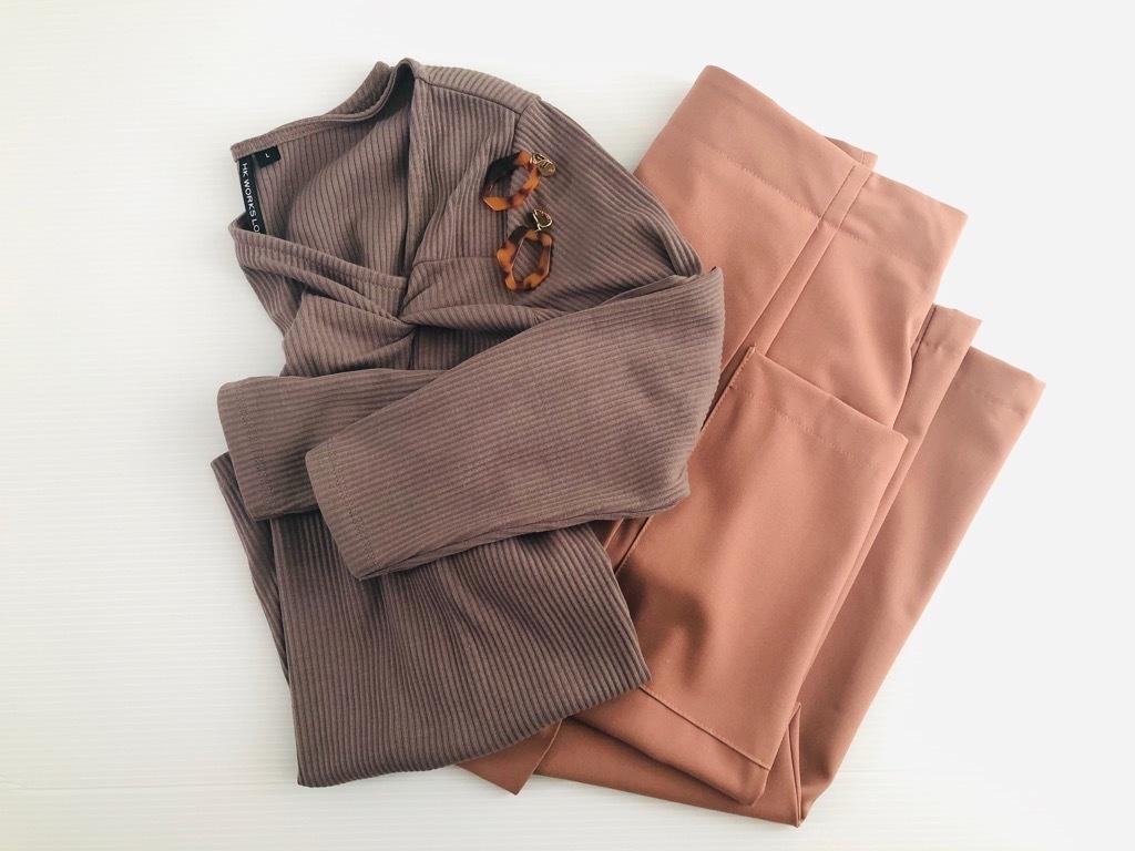 【GU】高見えスカート1990円が味方。アラフォーの今旬配色コーデ