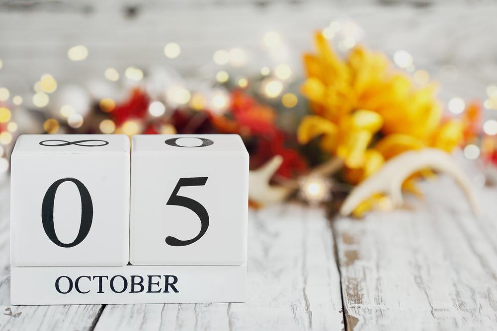【誕生日占い】10月5日生まれのあなたの基本性格や、愛情の注ぎ方