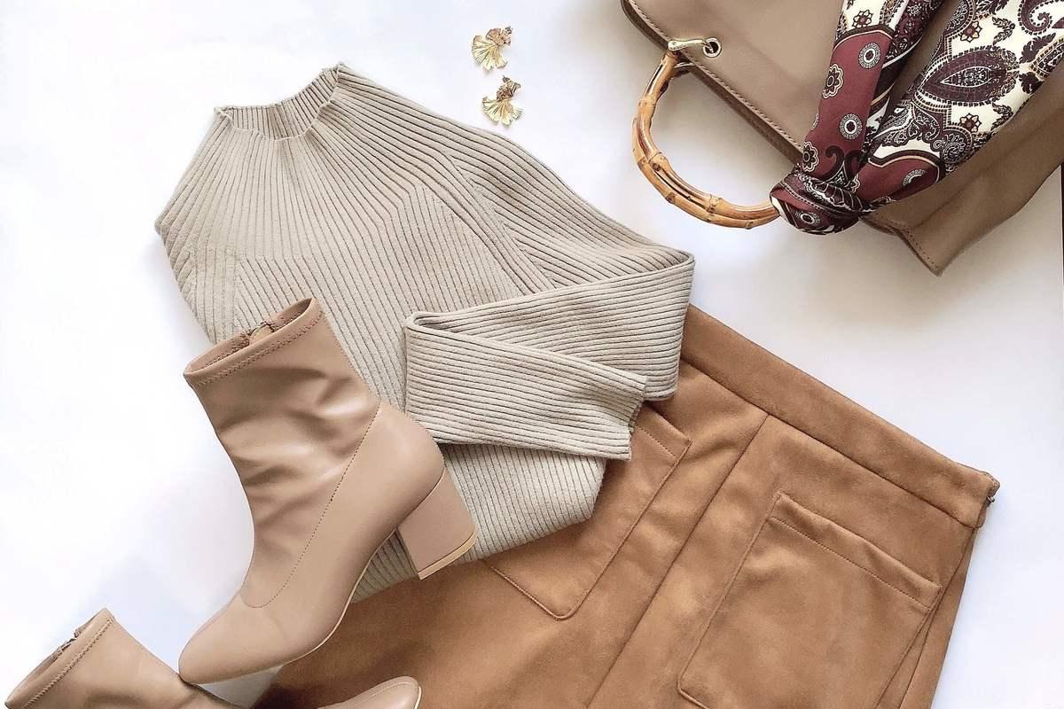 【GU】ブラウン推し! 秋っぽい、今っぽいを叶えるスエードタッチナローミディスカート