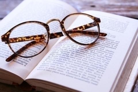 【終了しました】大好きな本を囲んでリラックス!DRESS起業部(仮)「読書シェア会」