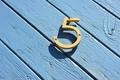【数秘術】誕生数5の恋愛タイプ診断! 相性や幸せを掴む秘訣をご紹介