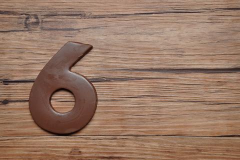 【数秘術】誕生数6の恋愛タイプ診断! 相性や幸せを掴む秘訣をご紹介