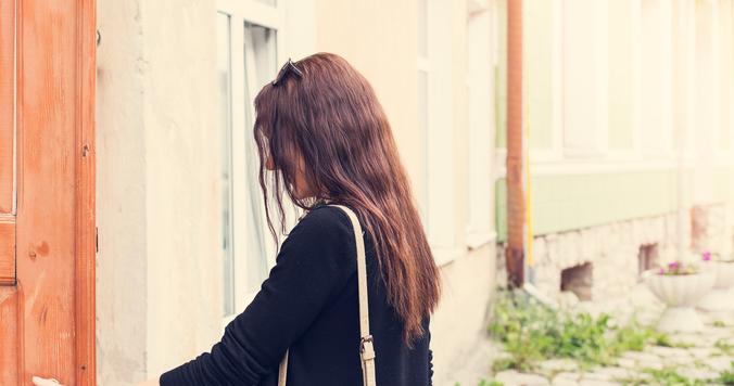 """恋人と別れるべきか迷う。後悔しないためには""""彼氏とのつまづき""""を大切に"""