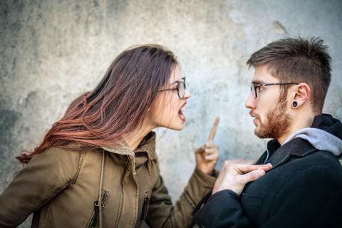 浮気の復讐体験談5選。「やっちゃダメ!」な復讐法も紹介します