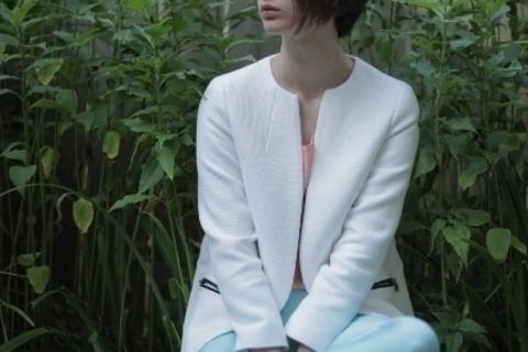 「ジャケット:バッグ=1:1.5の法則」で洗練ファッションが叶う理由。