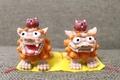 沖縄で癒されたい…猫と一緒に戯れる休日。