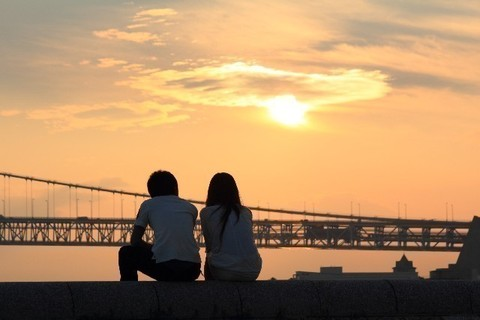 島袋寛子が婚約! 12歳差のカップルを「デキ婚?」と想像してしまう女の結婚観