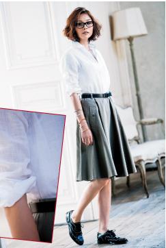 白シャツは無造作と空気感で完成するから襟、胸元、袖のあしらいが勝負!