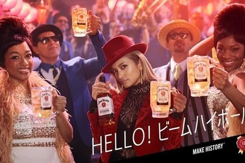 ローラが登場するバーボン「ジムビーム」新しいTVCMが12月23日からオンエア