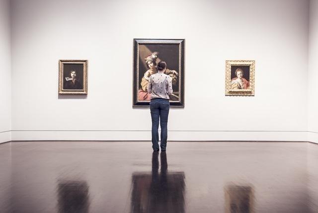 ドラマのセックス描写より、芸術家の脳みそに発情する