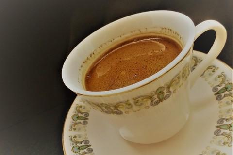 トルココーヒーの飲み方にはコツがある