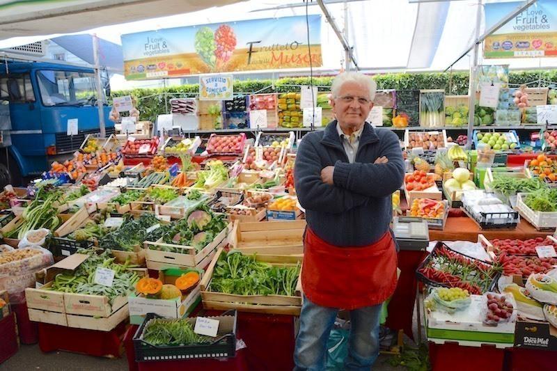 観光でも楽しいイタリアの市場「メルカート」の楽しみかた〜ミラノ通信#6