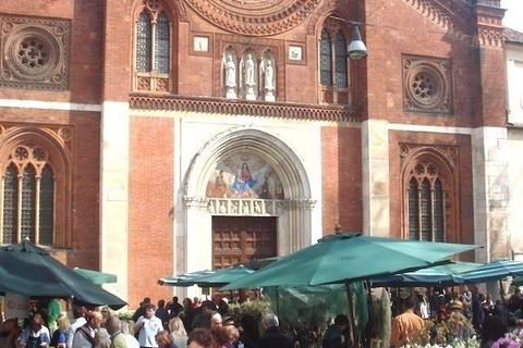 春の訪れを告げるサン・マルコ教会の花祭り~ミラノ通信#7