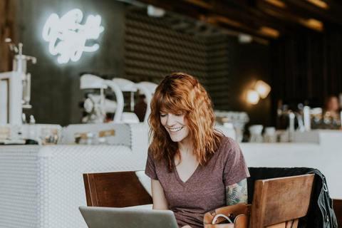 大人女性の転職に有利な資格は? 意外と知らない転職と資格の関係