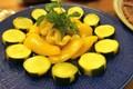 電子レンジで作る夏野菜のマリネ【簡単なのにほめられる!ホムパごはん #5】