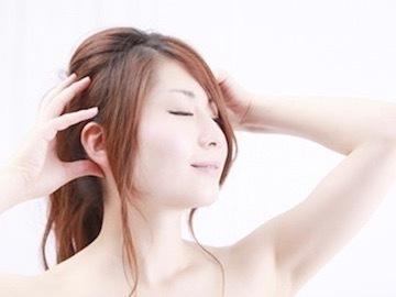 その白髪、改善できるかも。白髪のメカニズムから知る、予防・改善方法