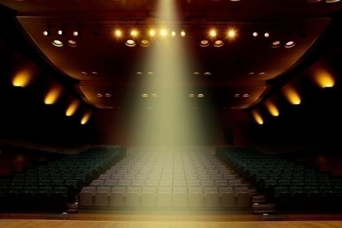 大人の趣味としての「観劇」。おすすめ公演からマナーまで【新世界を嗜む】
