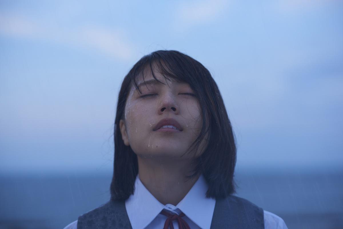 過激なベッドシーンに目を奪われるー大人の純愛映画『ナラタージュ』 - 古川ケイの「映画は、微笑む。」#23