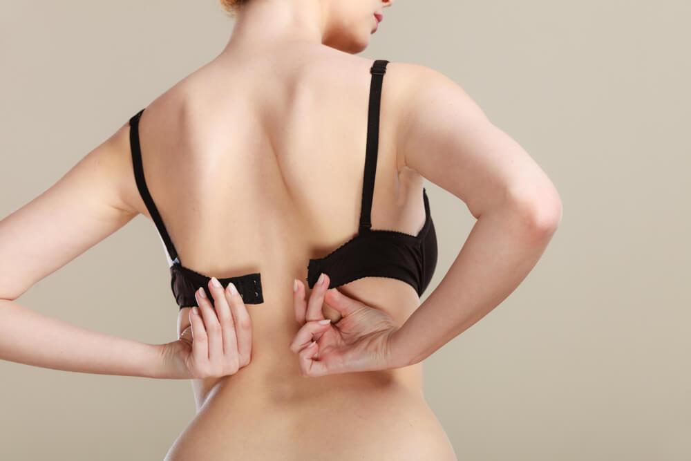 大人女性の美バストを叶えるブラジャーの選び方