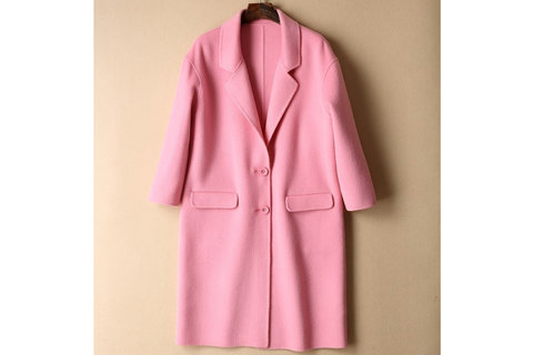 結局のところ、コートは何着あれば十分? 2着で乗り切った冬と、20着で過ごした冬