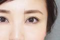 話しかけやすい人の眉〜やわらかい雰囲気に見せる眉メイクのやり方とコツ