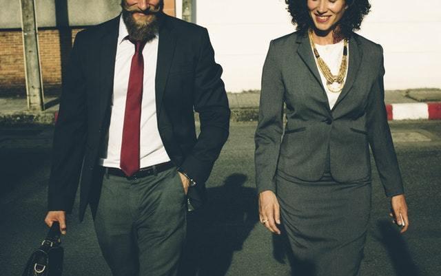 デキる女が実践する! 職場での「話し方」4つのポイント