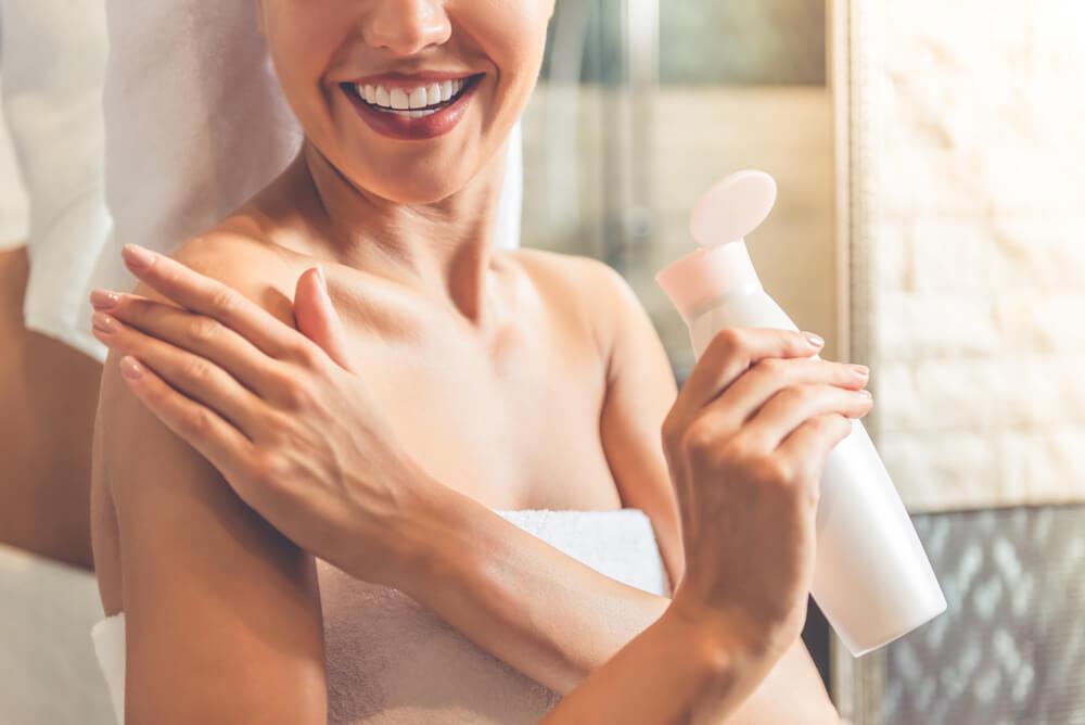 ボディクリーム前に化粧水で整えよう。保湿を徹底できるから