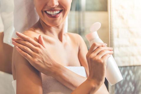 ボディクリーム前に化粧水で身体を整えよう。保湿を徹底できるから