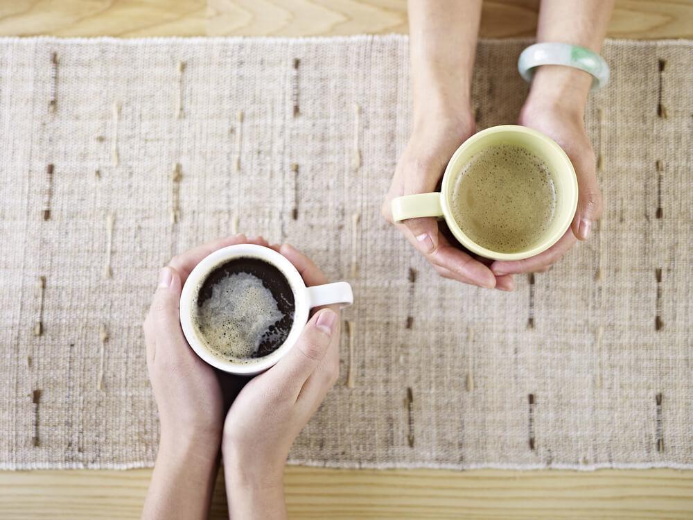 喫茶店で出会い、夫婦になったふたりの話