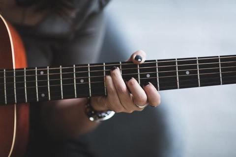 恋愛への力が抜けたとき、共通の趣味・音楽が出会いのきっかけに【疲れない出会い】