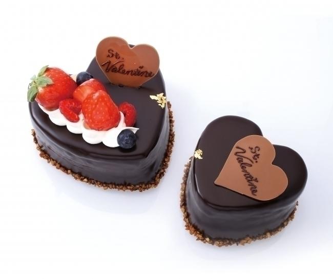 パティシエがその場でメッセージを入れてくれるチョコレートケーキ