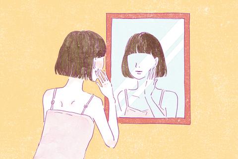 鏡の前に立って、自分の肌と向き合う【わたしを助けてくれる肌ケア】