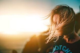 「対話」こそが、分断された世界をつなげる「希望」になる - 雨宮処凛×斉藤章佳 対談