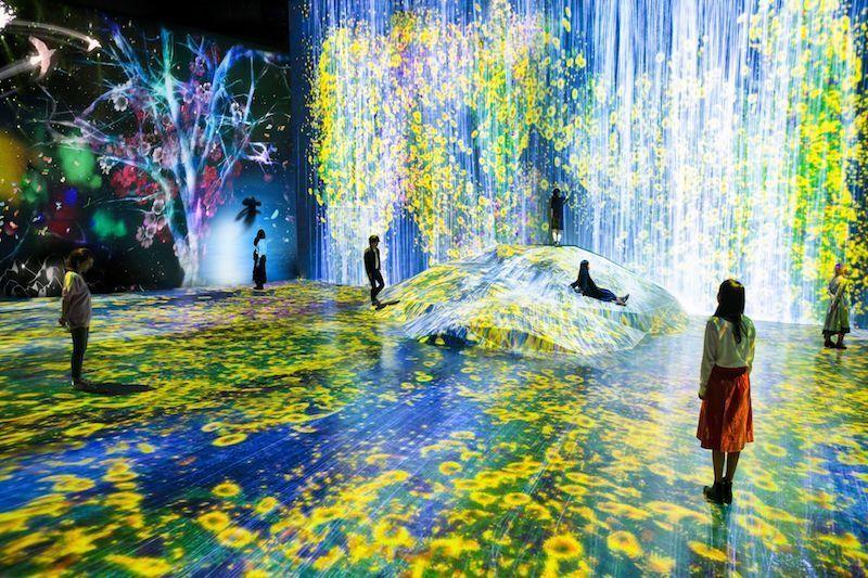 作品が自ら動き出す。森ビル×チームラボが「ボーダーレス」をテーマにした体験型巨大アート施設を開設