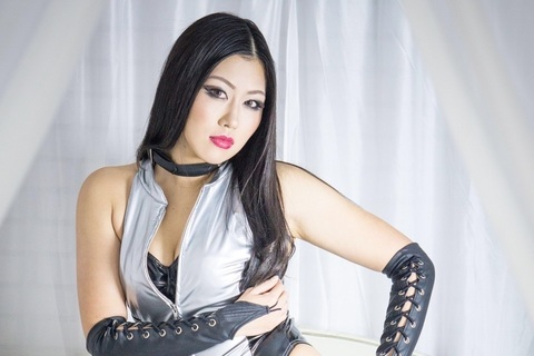 夏すみれ、安納サオリ、バンビ……人気女子プロレスラーの装いをつくる人