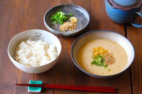 愛媛の冷汁(さつま汁)が5分で作れるのに、夏バテ中でも食べられるほど美味しくてハマる!