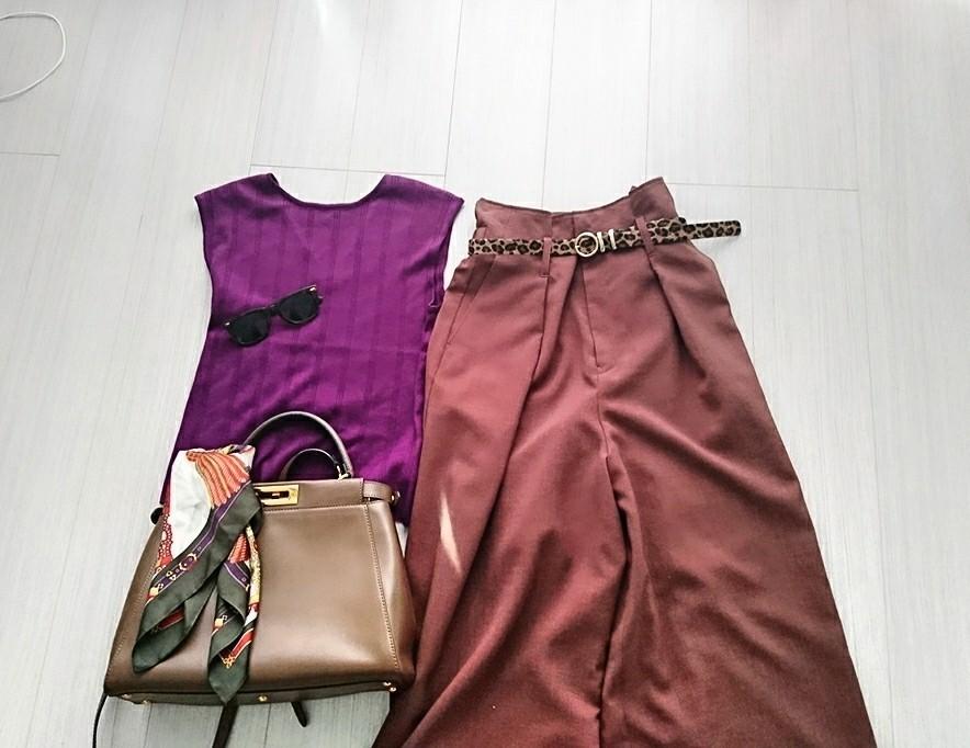 秋の装いが叶う。トレンドの「ベイクドカラー」コーデ3選