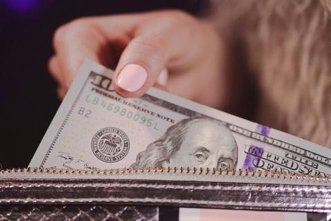 【心理テスト】財布の紐の固さがわかる