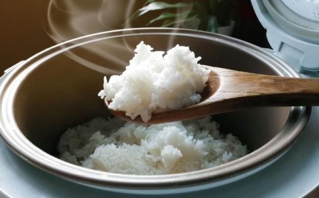 自宅で「糖質33%OFFご飯」が炊ける炊飯器