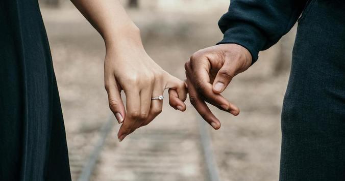 叶わなかった恋の相手を恨んで苦しいときは、執着を手放してみる