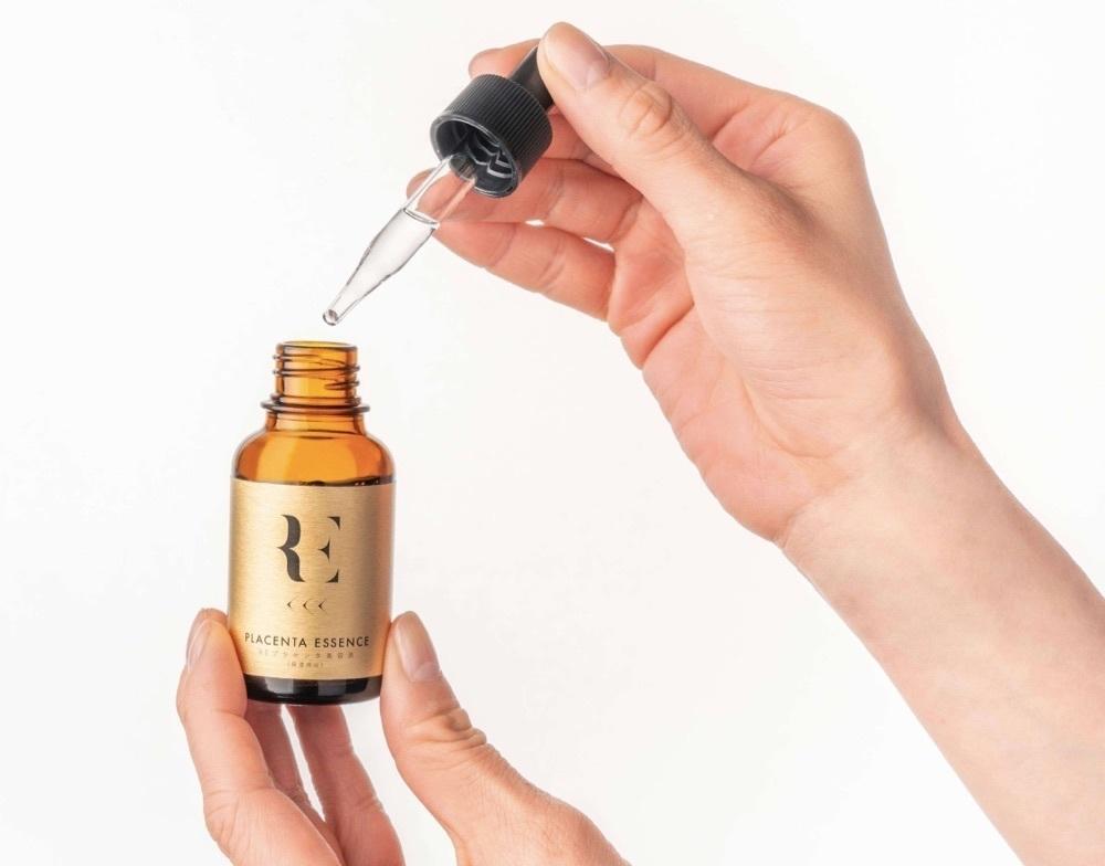 今注目のヒト型幹細胞培養液を配合。REプラセンタ美容液が新登場