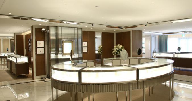 「TIFFANY 横浜ランドマークプラザ店」の詳細 - 行かなきゃ始まらない!