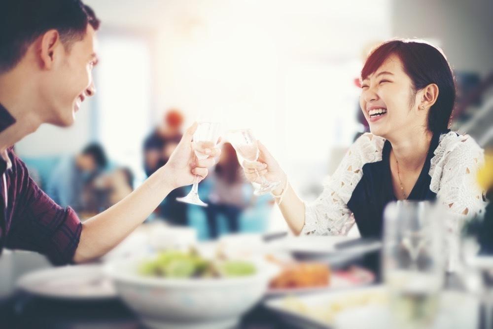 少人数で交流を深める。気軽に参加できるおすすめ婚活サービス