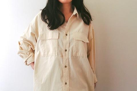 GUのコーデュロイシャツ1990円が優秀! オーバーサイズで大人の秋コーデ