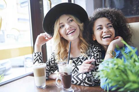 親友がいる人は約6割。「親友」と「友達」はどう違う?